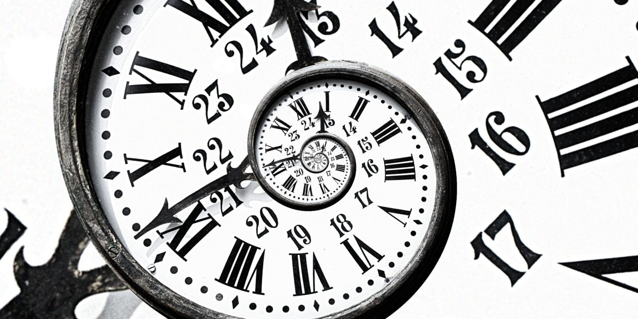 https://erreese.com/wp-content/uploads/2017/07/Reloj-3-1-1280x640.jpg